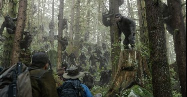 Clarke-and-Serkis-DAWN-OF-THE-PLANET-OF-THE-APES