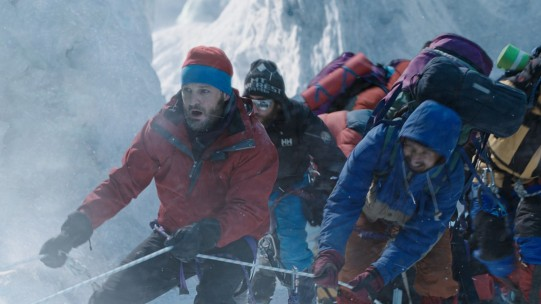 everest-jason-clarke-scene