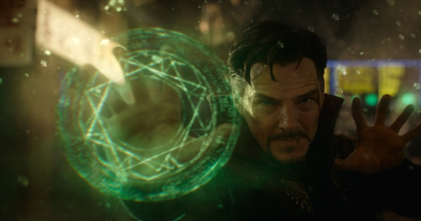 doctor-strange-benedict-cumberbatch-eye-of-agamotto.jpg